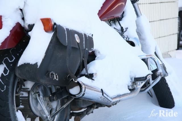 バイクも積んでいて損はない!ピンチに役立つオートバックスの「車載用防災セット」