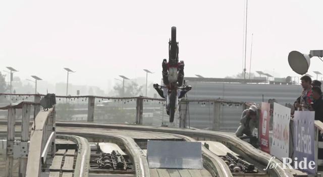 Red Bull流のジェットコースターが怖すぎる!