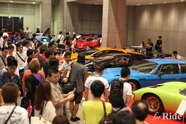 輸入車限定モーターショーが東京で開催!「S.I.S 2015」
