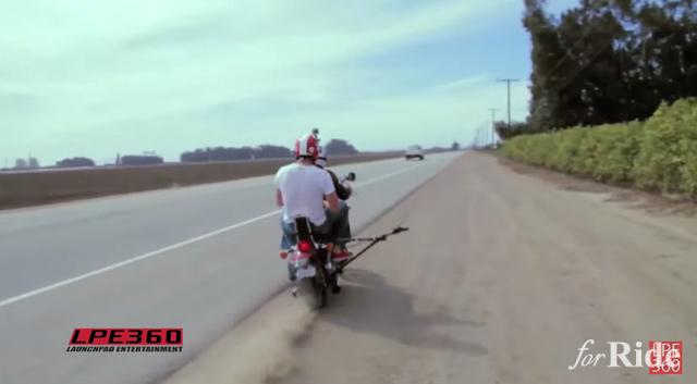 160キロ走行のバイクでマックシェイクを飲んだらどうなるのか!?