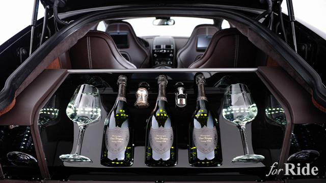 アストンマーティンのトランクにドンペリを積めるナゾ仕様の特別モデルを発表!?