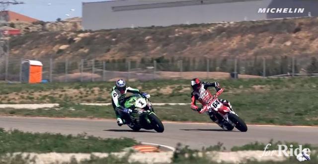 スーパースポーツ vs スーパーモタード!速いのはどっち?