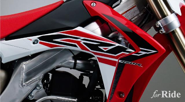 ホンダのモトクロッサー「CRF250R」と「CRF450R」の2016年モデルが発売