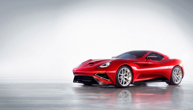 世界初チタン製スーパーカーのアイコナ「ヴルカーノ・チタニウム」がペブルビーチで公開