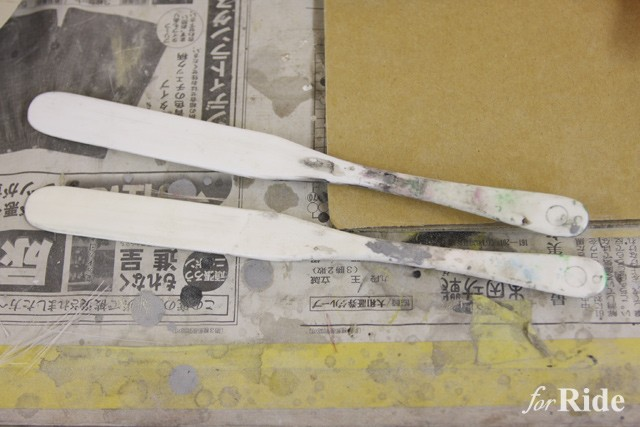 """まさかの事実!ガリガリくんの棒が""""塗装で使うアレ""""と完全一致している"""