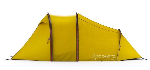 キャンプバイカーに最適なバイクもスッポリしまえるテント!