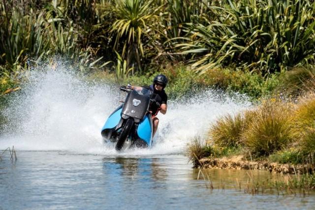 gibbs-terraquad-triski-biski-amphibious-motorcycle-13