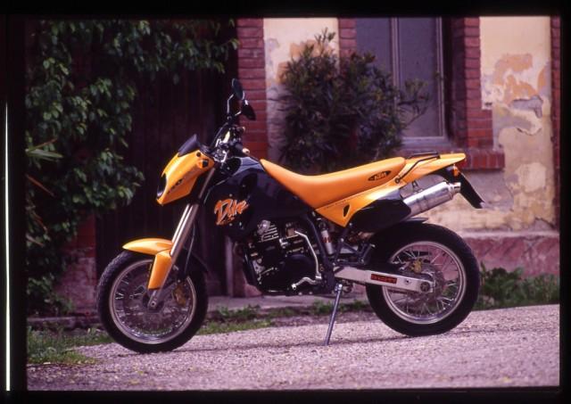 s_KTM1994_duke1