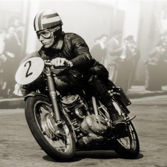 1958年125Desmo