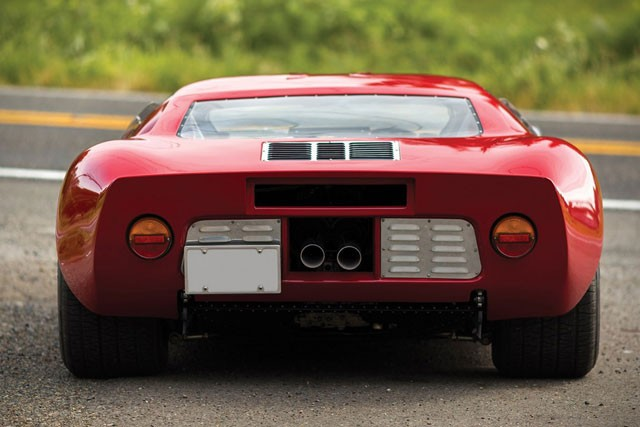 打倒フェラーリとして作られたフォード gt40 がオークションでもの凄い