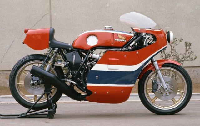1976RCB1000