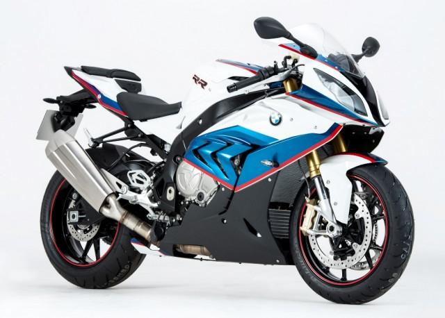 P90226276_highRes_bmw-motorrad-celebra