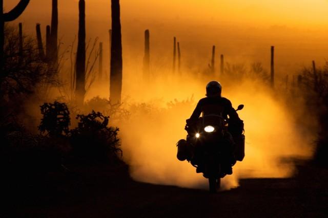 P90229499_highRes_bmw-motorrad-congrat