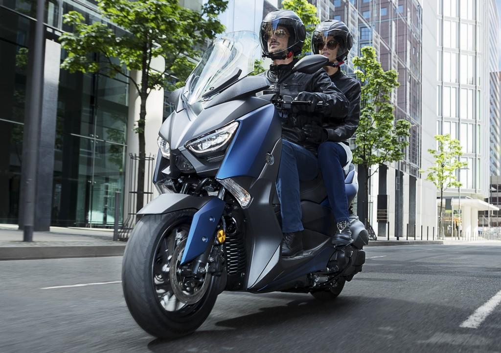 コレぞスポーツスクーター ヤマハ x max 400 の2018年モデルが