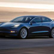 テスラ「Model 3」vs日本車!本当に安全性能に優れているのはどっち!?