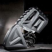 保険会社のサポート付き!? 最強クラスのバイク用コンパクトガレージ!