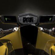 Samsung製バイク用スマートミラー!HUD時代の幕開けか