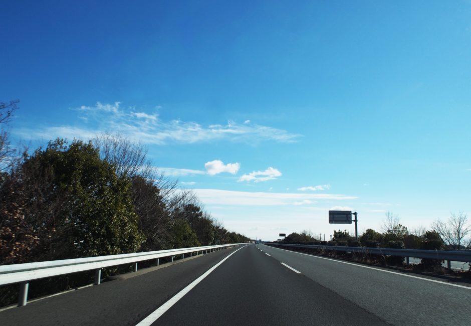 【高速道路あるある】よくいるイキりライダー、ウザいライダーの行動まとめ
