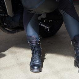 バイクとブーツ