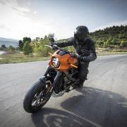 【座して待て】AT限定大型バイク免許の排気量上限制限が撤廃される!?