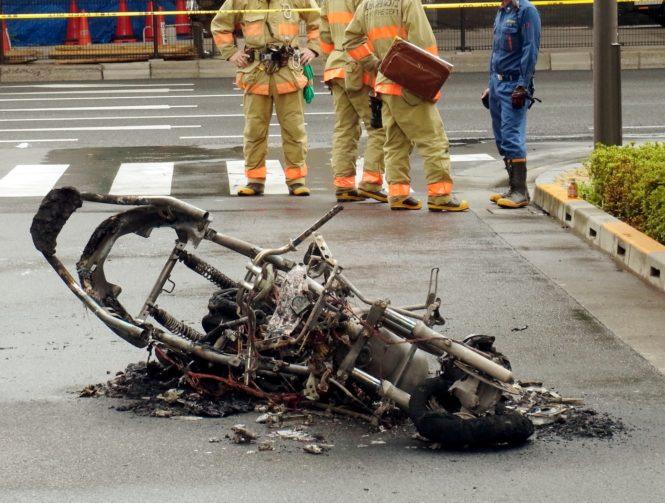 事故したバイク