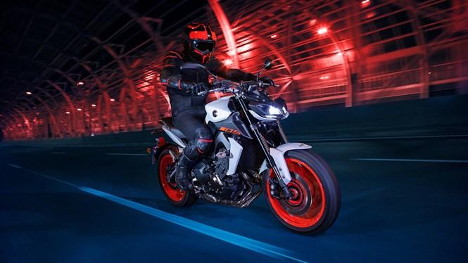 【バイク動画あるある】いつからバイクのPR動画はダークなイメージになったの?