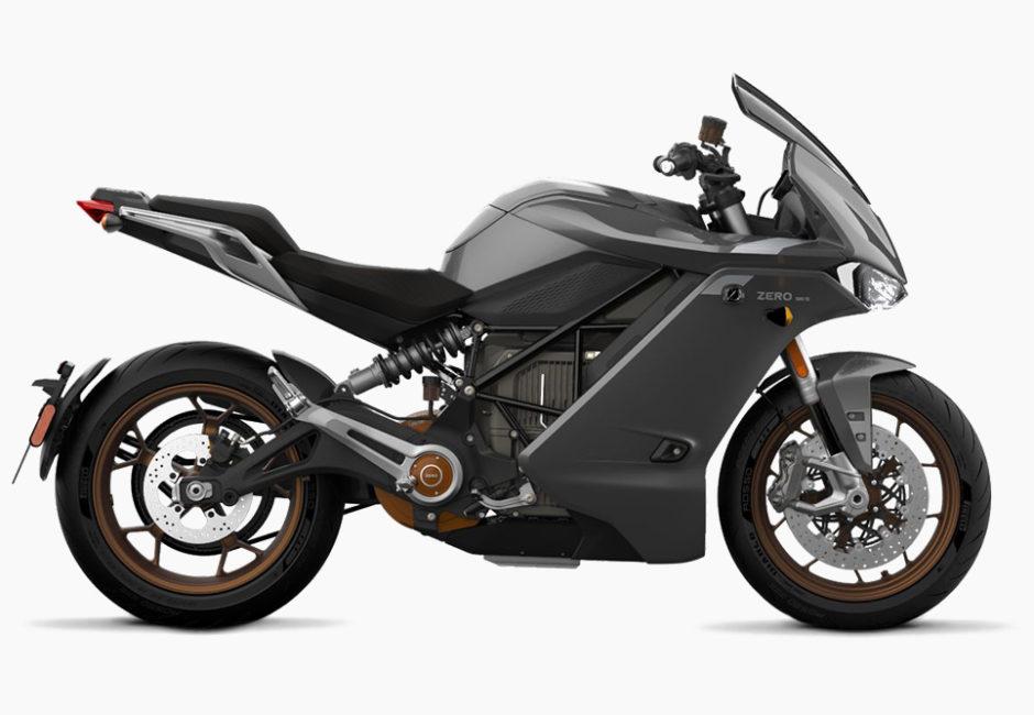 現時点で一番現実的な電動スーパースポーツ!? Zero SR/Sは110馬力のマッスルバイク!