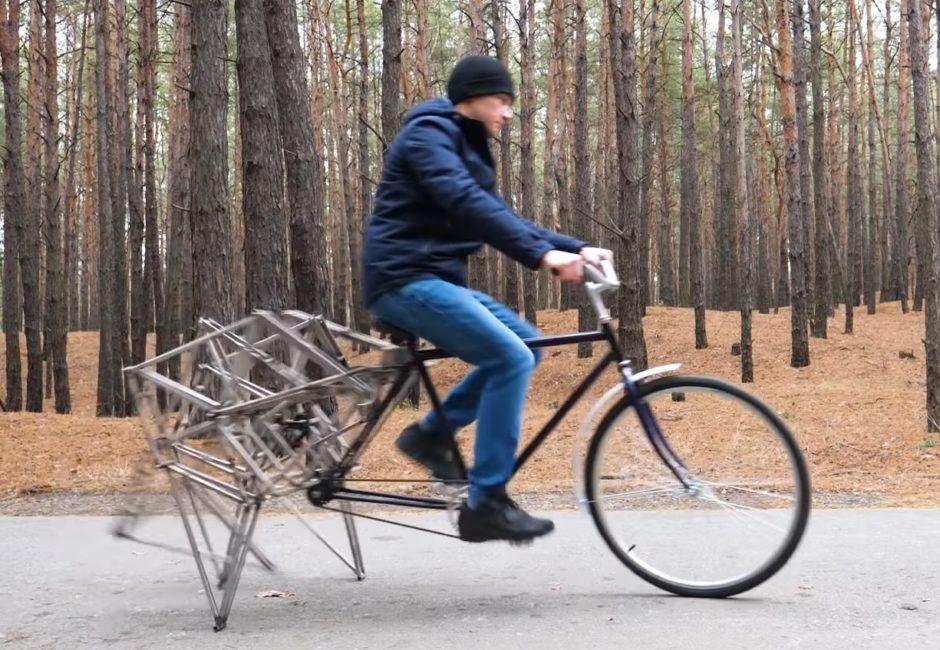 【キモい】後輪を生き物の足のように動かす自転車が衝撃的過ぎる