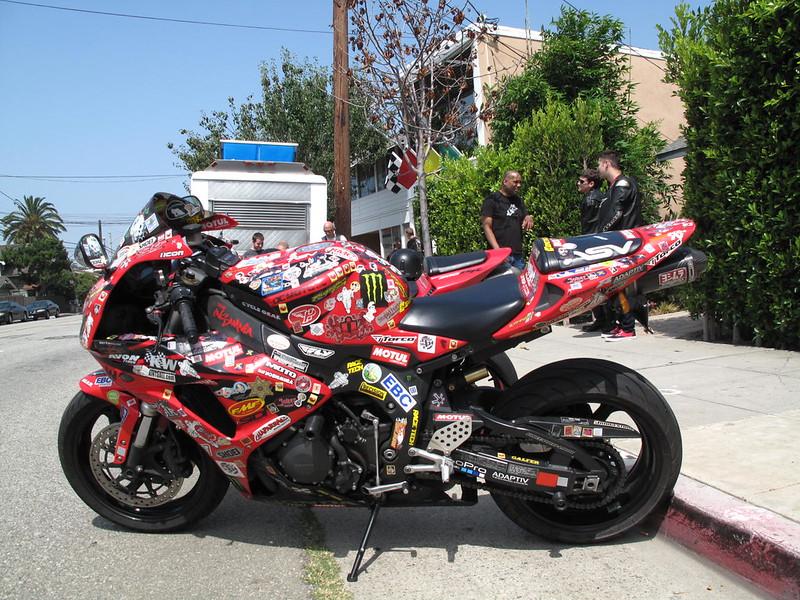 剥がし バイク ステッカー