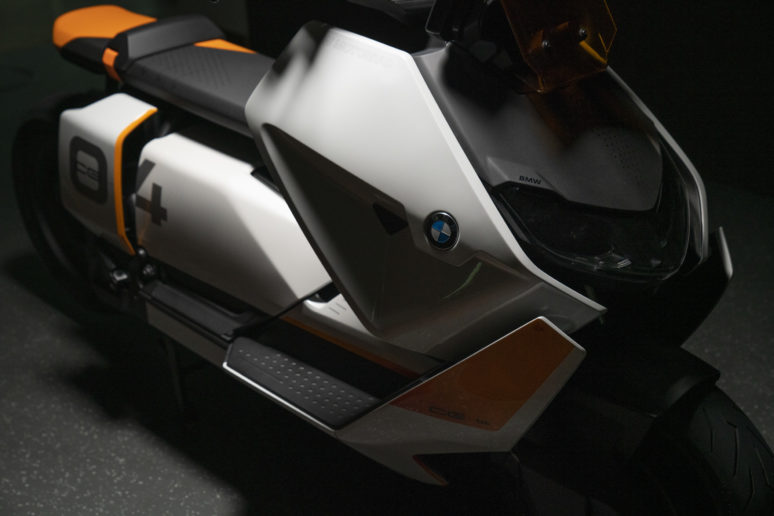 BMW Definition CE 04