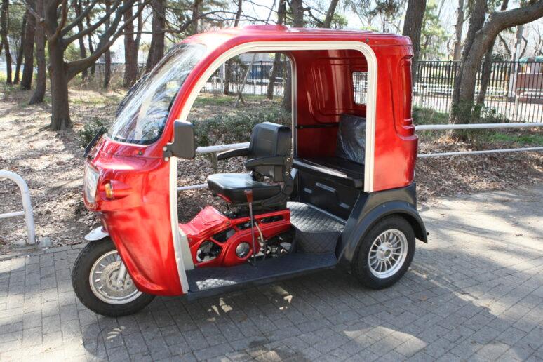 二 乗り トライク 人 トヨタが全長2.5メートル・2人乗りの超小型EV(電気自動車)C+pod(シーポッド)を発売開始